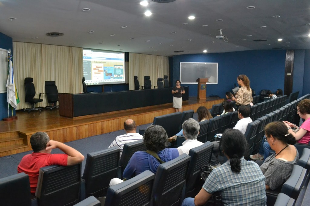 Coordenadores, reitora e empresas se reuniram para debate (Kleber Costa / Prograd)